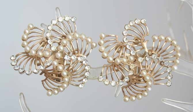 Primary image for Art Moderne 50s Crystal Rhinestone Sim Pearl Earrings