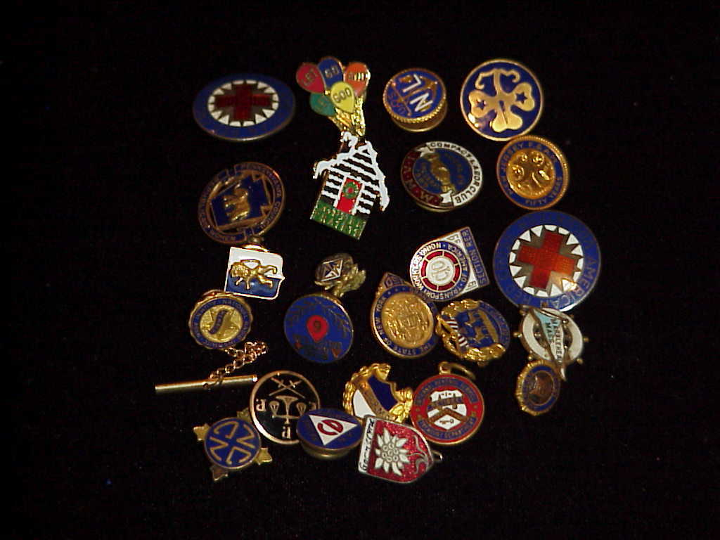 Military, Lapel Pins , Shields , Pins (Lot of approxamitaly