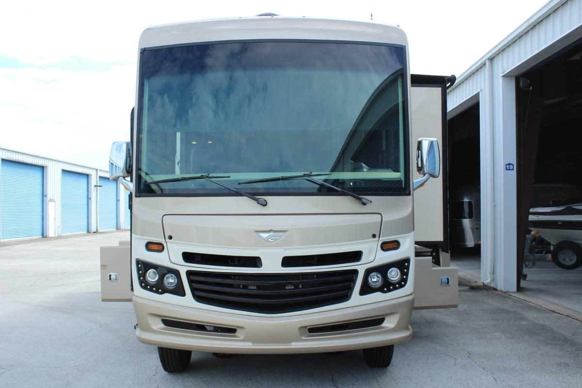 2017 Fleetwood Bounder 36Y For Sale In Orlando, FL 32803