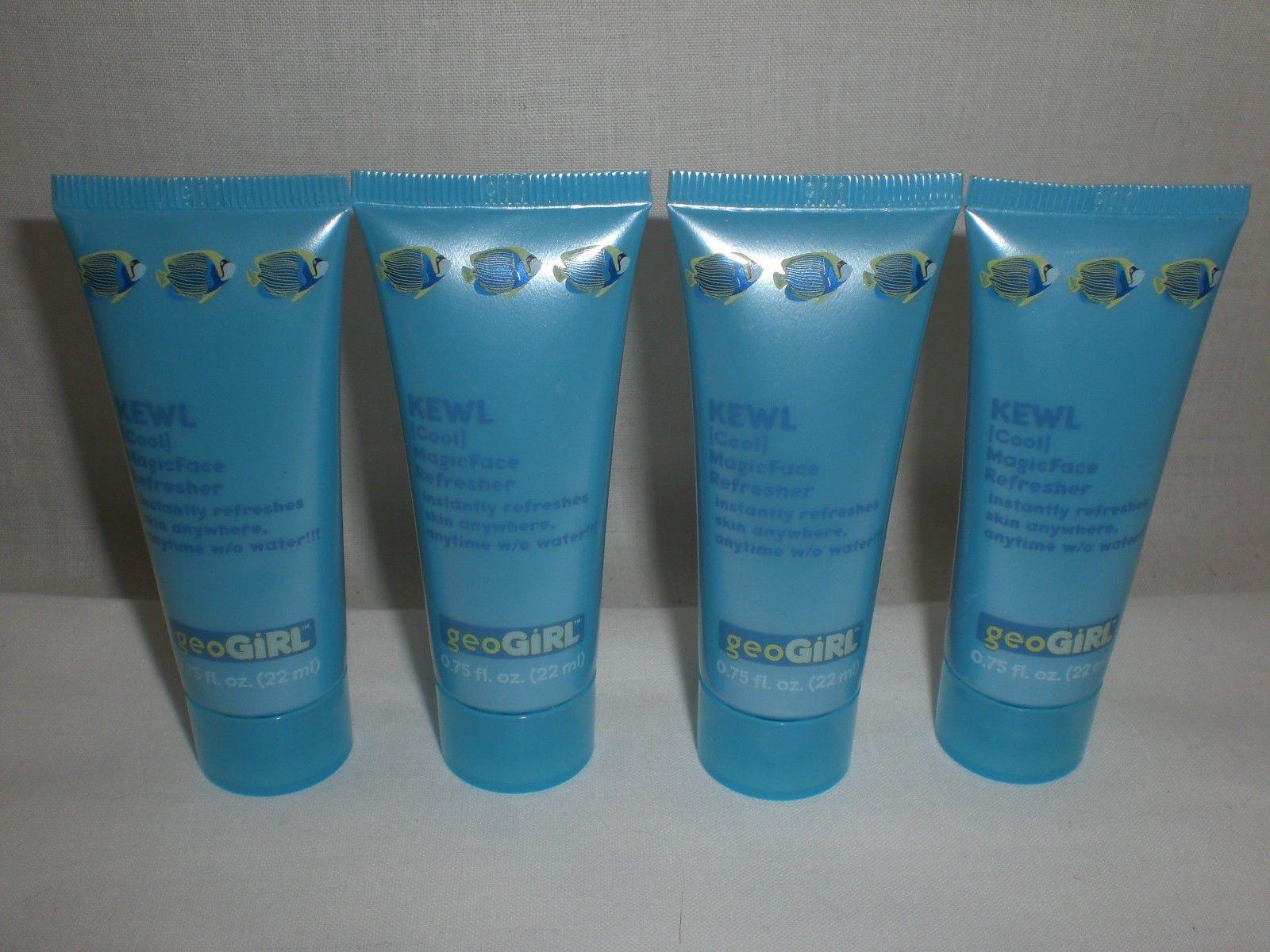 GeoGirl Kewl Cool Magic Face Refresher Skin Controls Oil .75 Oz. Lot of 4 New