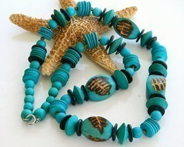 Vintage Handmade Wooden Necklace Chunky Turquoise Beads Long - $504,36 MXN