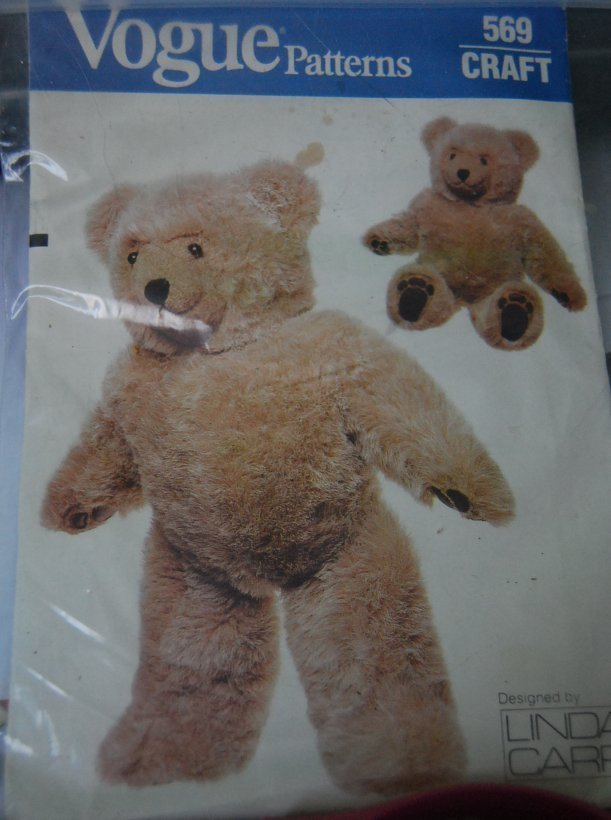 Pattern 569 Vogue Bear (used)