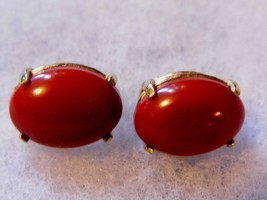 Vintage Clip On Earrings Gold Red Stone Costume Fashion Jewelry - $10.66