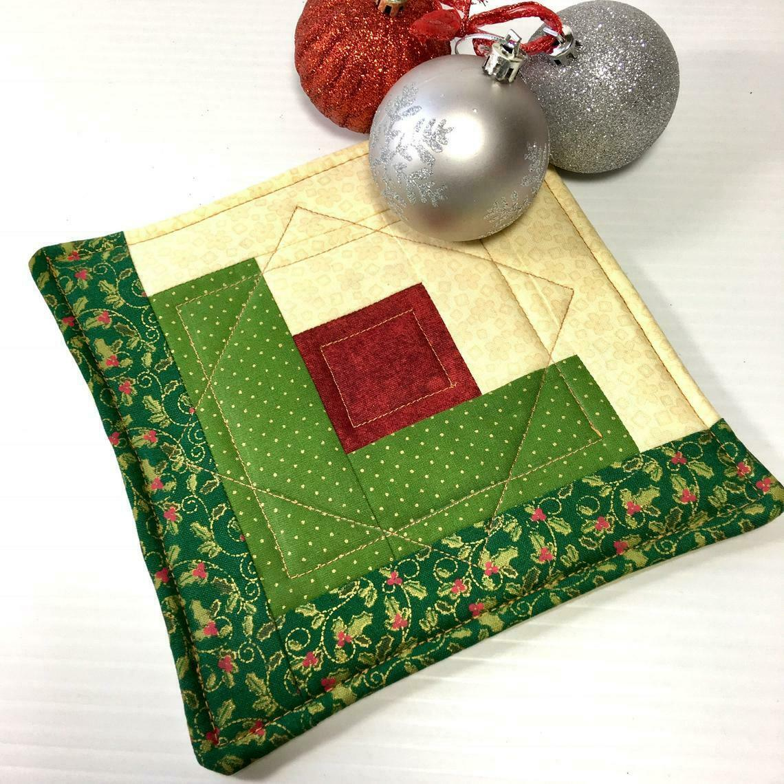 Christmas Pot Holder Quilted Handmade Holiday Log Cabin Block Heat Resistant