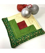 Christmas Pot Holder Quilted Handmade Holiday Log Cabin Block Heat Resis... - $11.75 CAD
