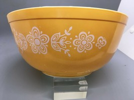 Vintage Pyrex Butterfly Gold #403 Mixing Nesting Bowl 2.5 Qt - $15.84