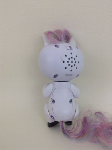 Fingerlings Unicorns Wowwee White Unicorn Interactive Toy w Batteries Toys R Us