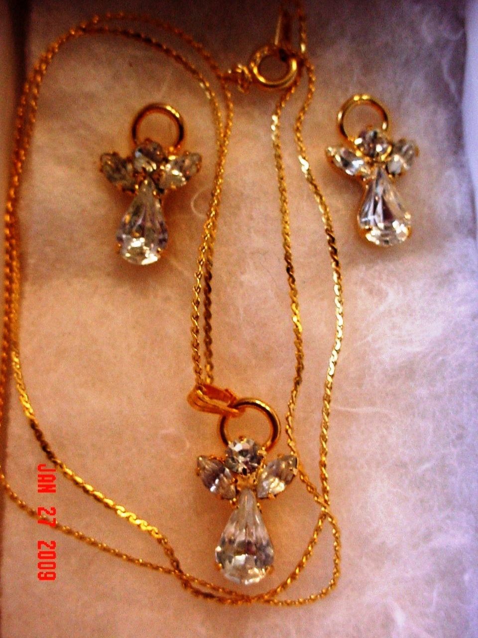 Angel Necklace & Earrings Set Clear Crystal/Glass