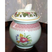 Vintage : An attractive Ironstone Miniature Ginger Jar & Cover by Adams - $24.64