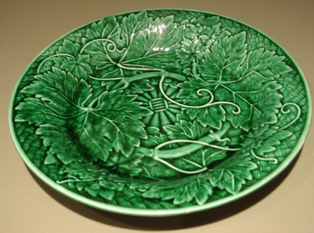 Outstanding Antique Emerald Green Wedgwood Majolica Plate