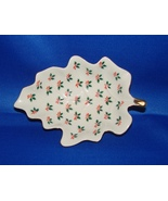 Christmas : Seasonal Accented Lefton Hand Painted Leaf Shaped Tidbit Dish - $6.99