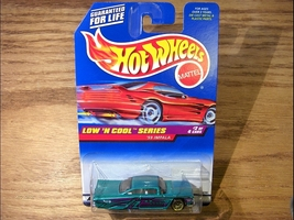 Hot Wheels Low 'N Cool Series #2 of 4 '59 Impal... - $2.95