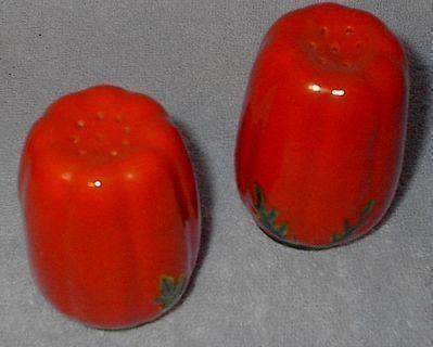 Tomato salt pepper1
