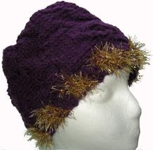 Purple Hand Knit Hat with Gold Highlights - €22,06 EUR
