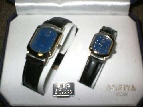 Anriya Milan Vintage Collection His & Hers Watch Set W8