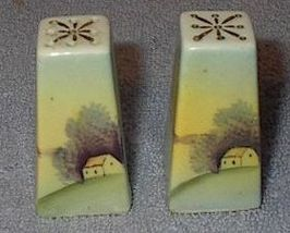 Japan Painted Small Pyramid Salt and Pepper Shaker Set - $6.00