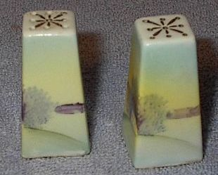 Japan Painted Small Pyramid Salt and Pepper Shaker Set