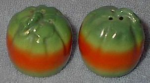 Japan Vegetable Tomato Salt and Pepper Shaker Set