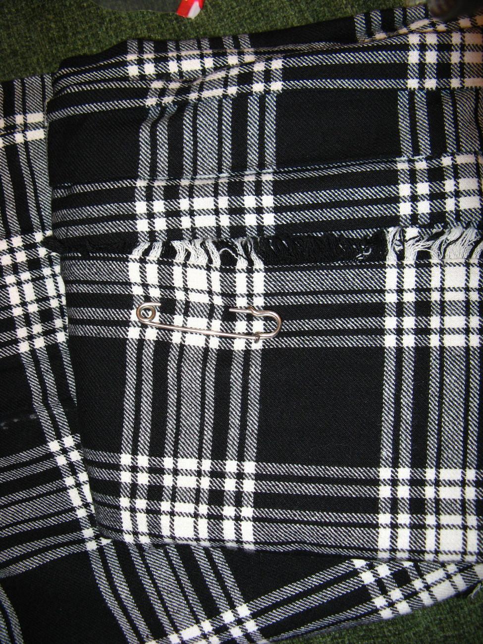 Vintage Irish  60s Long/MAXI TARTAN Black/White SKIRT 10/12