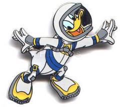 Disney Donald Duck Astronaut in Space Suit Pin/pins - $25.00