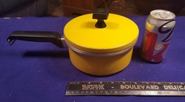 Vintage SEARS ROEBUCK Yellow Chef Quality Aluminum 1.5qt Sauce Pan w Lid... - $17.96