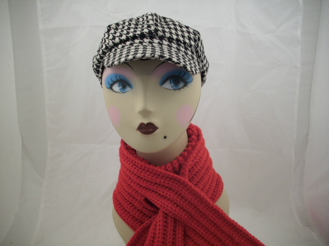 houndtooth cabby hat and keyhole scarf