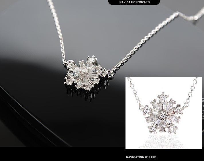 silver necklace with Sparkle snow silver pendant