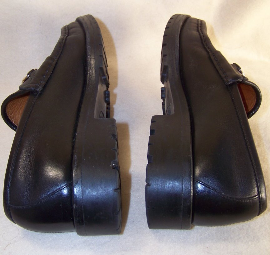 Women Gucci loafers black leather horsebit 6.5 reserve for Stephanie