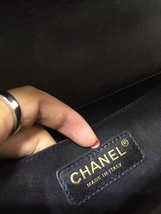 AUTHENTIC CHANEL 2017 Black Lambskin Quilted Medium Boy Flap Bag GHW image 7