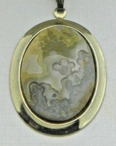 Yellow White Gray Agate Stone Amazing Detail Gold Tone Necklace Pendant Vintage - $29.69