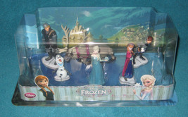 New Package Disney 6 piece FROZEN figure playset Elsa Anna Olaf Sven included!! - $22.00