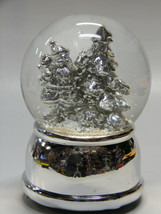 SILVER SANTA CLAUS & CHRISTMAS TREE MUSICAL WATER GLOBE CHRISTMAS DECOR - $19.88