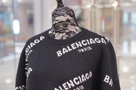 100% AUTHENTIC JACQUERED KNIT BALENCIAGA PARIS BLACK LOGO SWEATER SZ 40 image 2