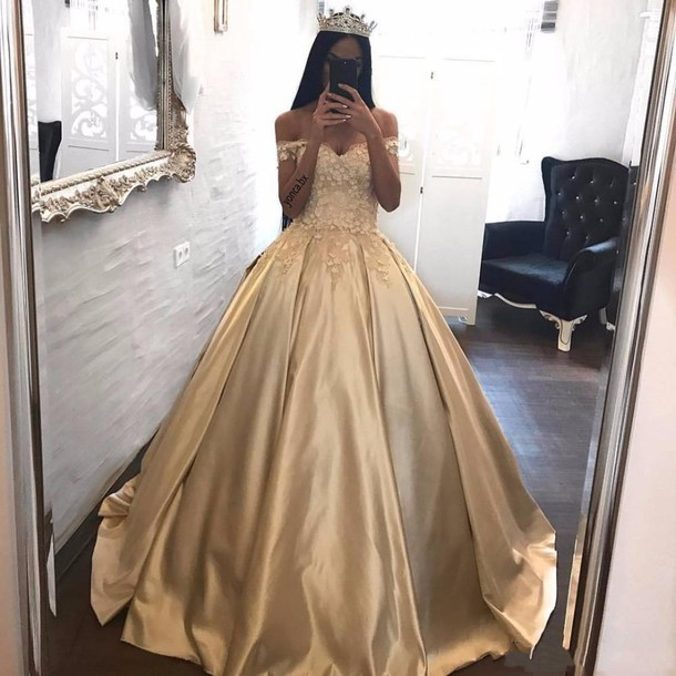 0sacf5 l 610x610 dress goldene brautkleider