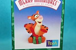 NIB * * Tigger * * Merry Miniatures * * Hallmark Ornament 1999 - $12.30