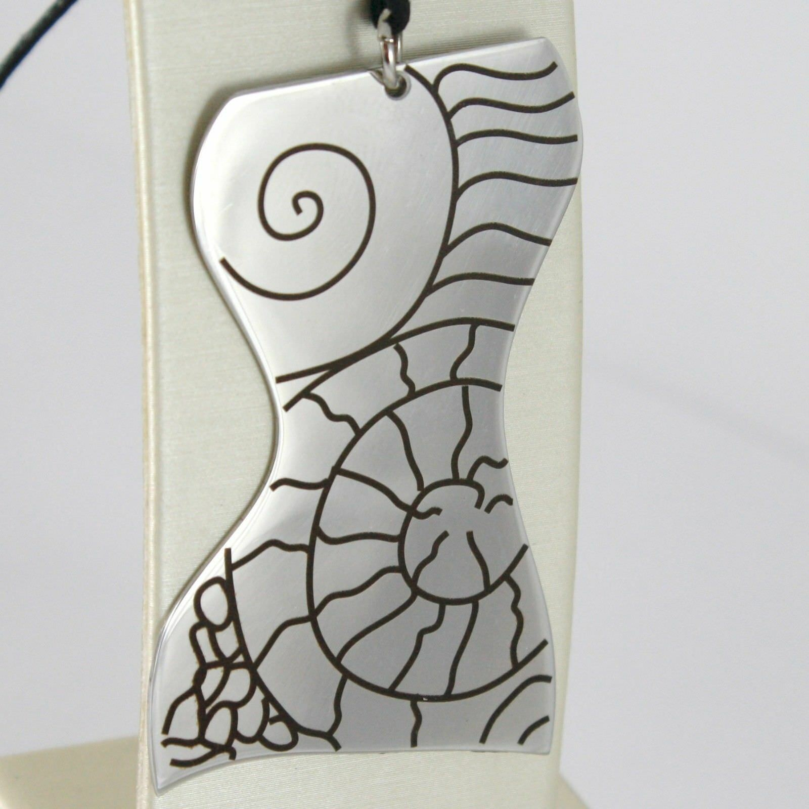 Pendant Steel Engraved With Bust Of Women's,Shell And Lines Slinky Bass