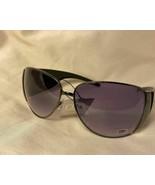 BNWT DG Eyewear Fashion Sunglasses - Women - DG7205 - $10.00