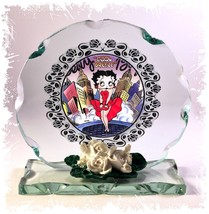 Betty Boop Cool Breeze Valentine Cut Glass Round Frame Plaque Limited Ed... - $32.07