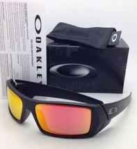 Nuevo Gafas de Sol Oakley Gascan 26-246 60-15 Negro Mate Marco con / Rubí - $119.51