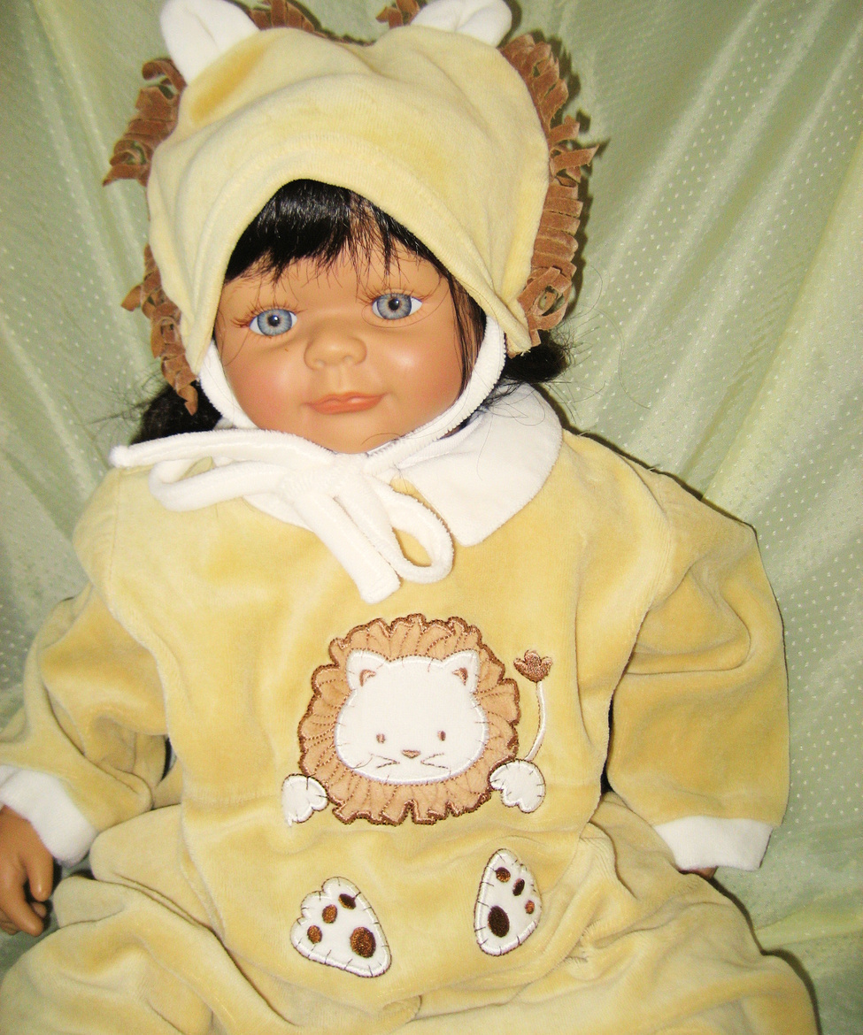 Lion costume baby sleeper 9 months little me snaps footies hat new wot