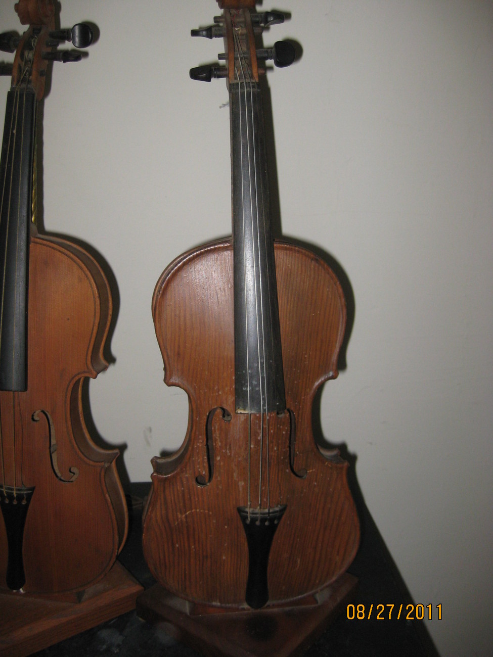 Pair Violin table lamps