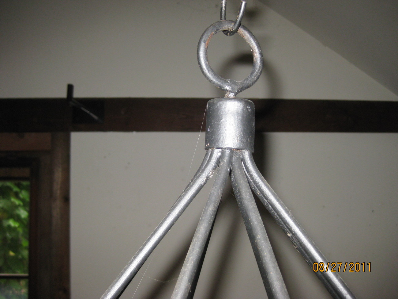 8 candle iron chandelier