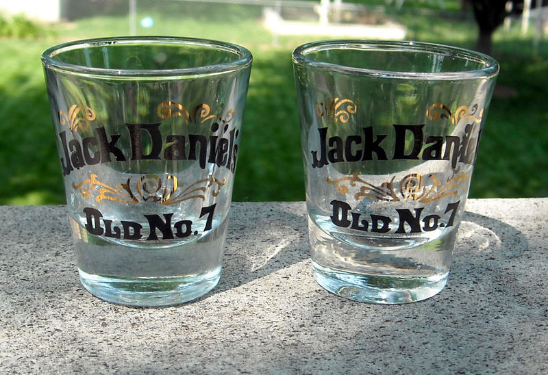 2 JACK DANIEL'S WHISKEY SHOT GLASSES OLD NO 7
