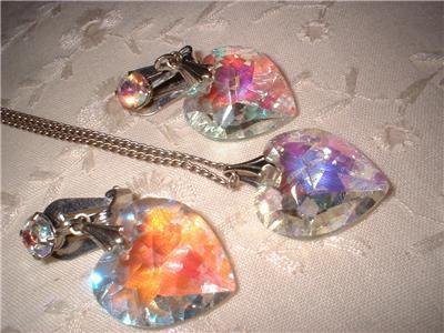 Vintage Jewelry Aurora Borealis Heart Set