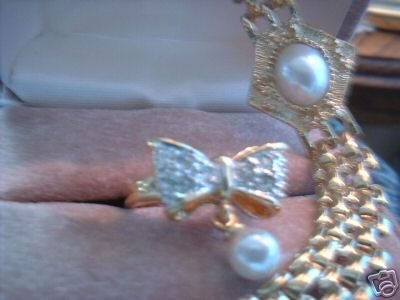 Imitation Pearl Bow Sz 7 Ring & Bracelet Lot