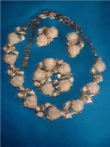 Vintage Plastic White Rose Necklace Earrings Broach