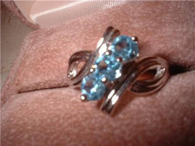 Ladies Imitation Aquamarine 3 Crystal Ring NIB
