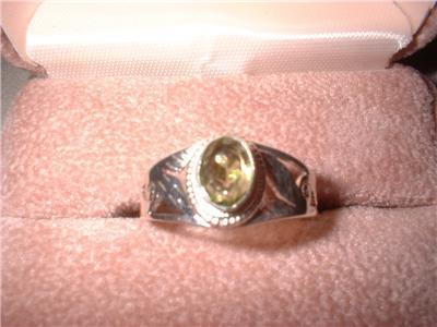 Ladies Sterling Silver Peridot Oval Ring Size 8 NIB