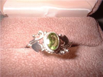 Ladies Sterling Silver Peridot Oval Ring Size 6.5 NIB