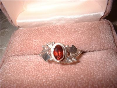 Ladies Sterling Silver Ornate Garnet Ring Size 7 NIB